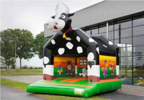 Louer le chateau gonflable vache